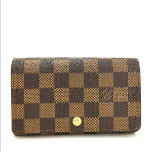 SOLDAuthentic Louis Vuitton damier wallet